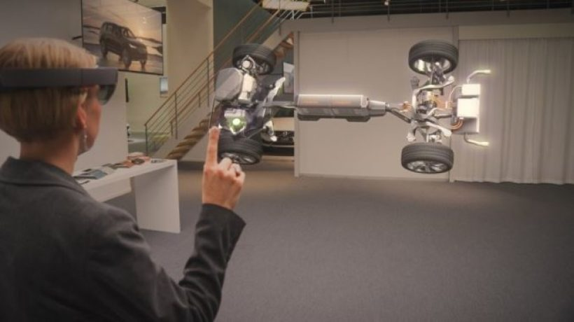 HoloLens will reach 5.5 hours of autonomy, working to improve the field of vision
